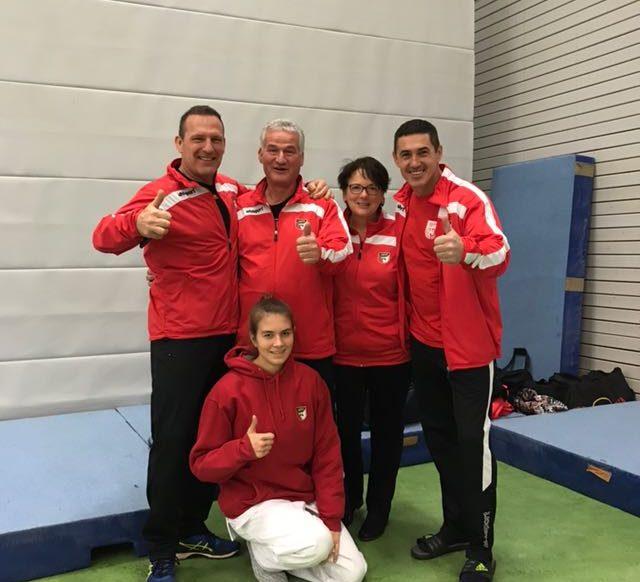 v.l. Lutz Estel, Jörg Kranke, Evi Kranke, Jörg Herrmann, vorn Susan Rottig