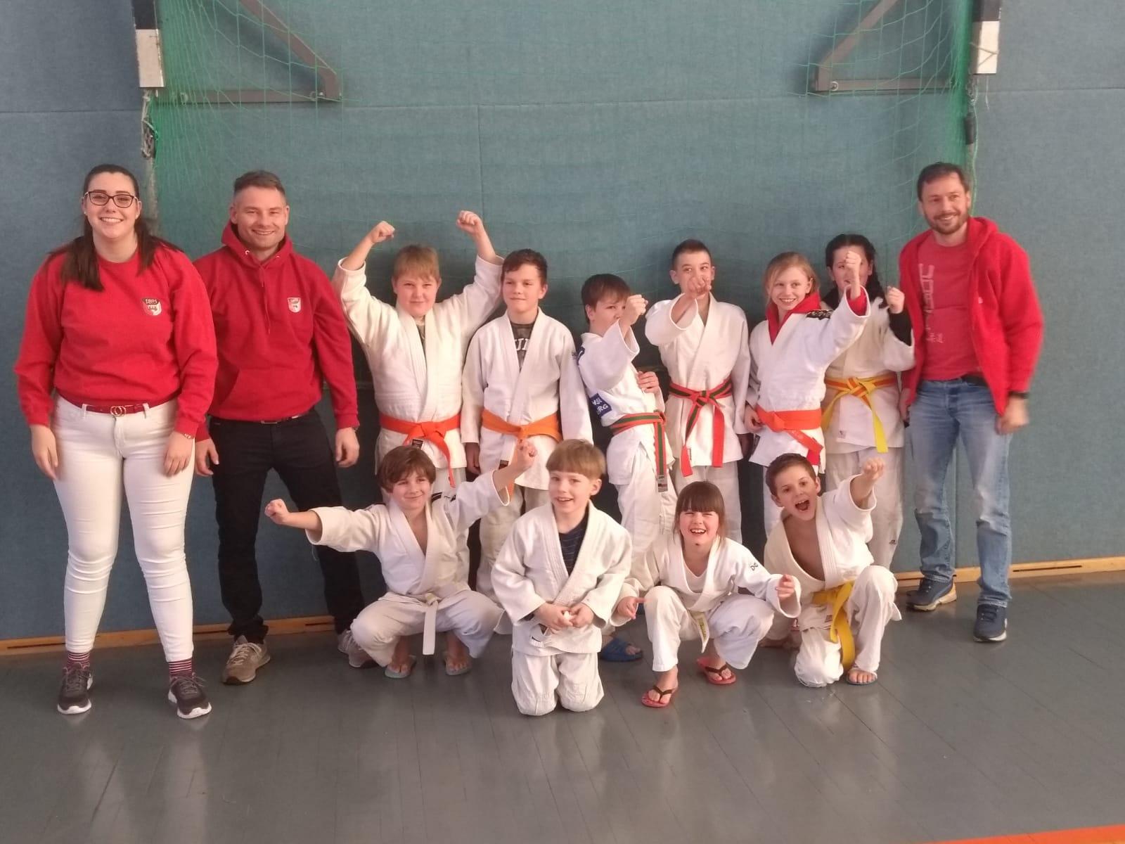 Die Judoka des FSV freuen sich über den Erfolg